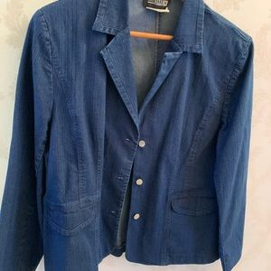Jackets & Blazers - Jean jacket very good condition!